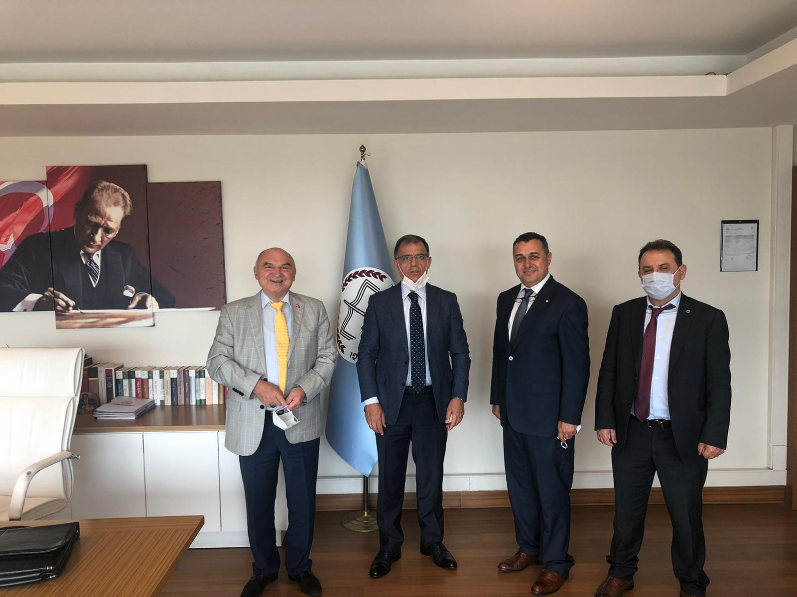 Yönetim Kurulu Başkanımız ve üyelerimiz, Milli Eğitim Bakanlığı Özel Öğretim Kurumunu ziyaret ettiler